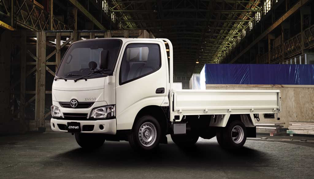 Toyota Dyna lorry rental at Goldbell Singapore